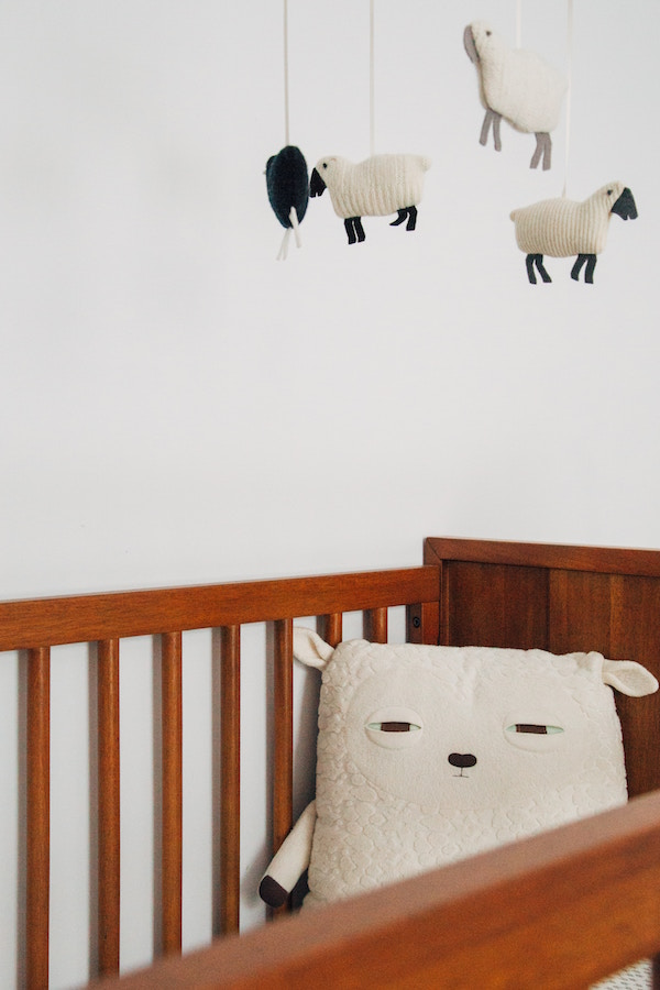 Crib Vs Mini Crib Differences Explained Plus Pros Amp Cons